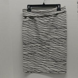 Lularoe black and white skirt